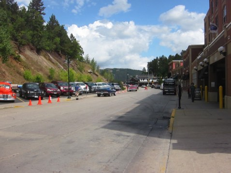 Coming into Deadwood