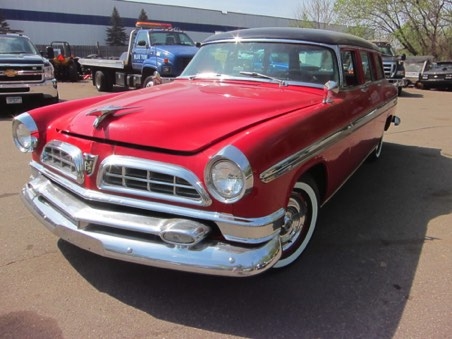 55 New Yorker Station Wagon. Greg Biskey (once belonged to Dan Ackroyd's dad)